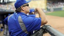 Toronto Blue Jays manager John Gibbons watches the eighth inning against the Minnesota Twins during their MLB American League Baseball game in Minneapolis September 8, 2013. Toronto wins 2-0. (CRAIG LASSIG/REUTERS)