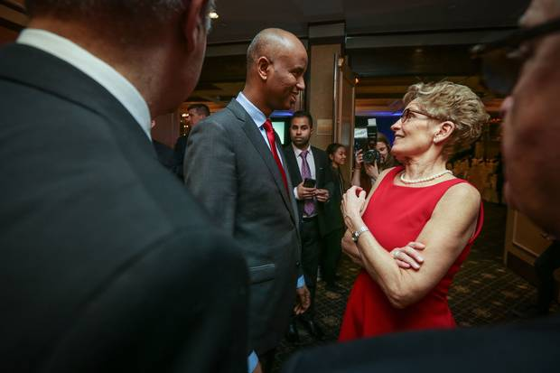 Mr. Hussen talks with Ontario Premier Kathleen Wynne at the Arirang Gala.