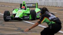 Canada's James Hinchcliffe of Andretti Autosport drives in for a pit stop during the Indy Car Series practice in Edmonton, Alberta, July 20, 2012. (TODD KOROL/REUTERS)