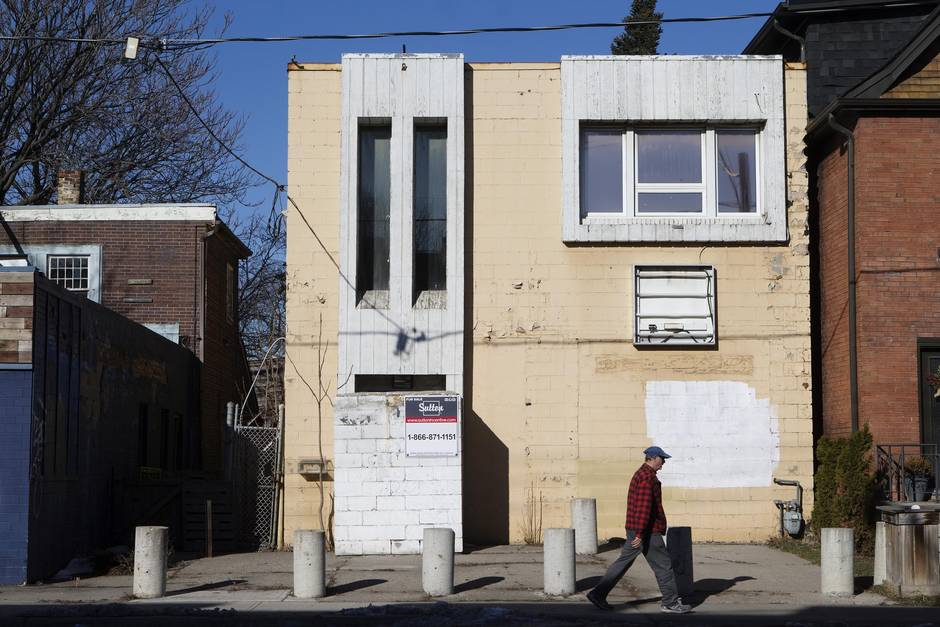 The Hells Angels era in Leslieville goes out with a sale - The Globe