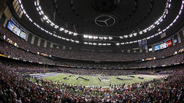 Marching bands perform during pre-game ceremonies for the NFL Super Bowl XLVII football game between the San Francisco 49ers and the Baltimore Ravens in New Orleans, Louisiana, February 3, 2013. (Reuters)