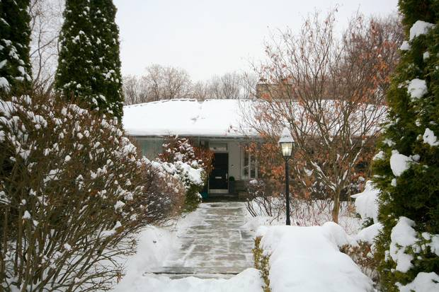 Located in Rosedale, the Hobbs Sun House