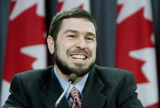 Maher Arar at a 2007 news conference, discussing the Canadian government's apology and compensation.