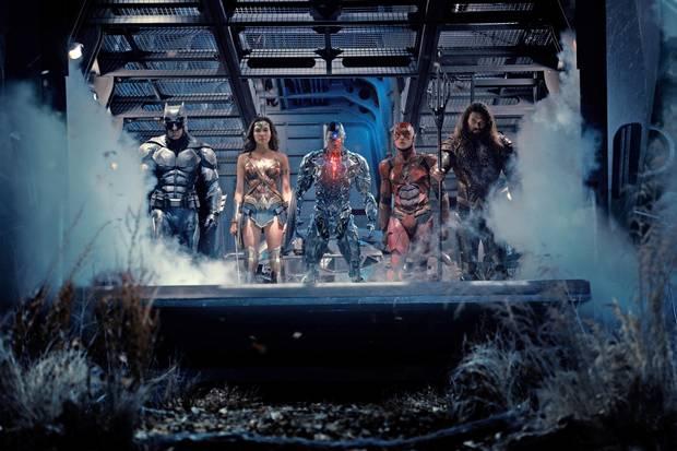Ben Affleck as Batman, Gal Gadot as Wonder Woman, Ray Fisher as Cyborg, Ezra Miller as the Flash and Jason Momoa as Aquaman in Justice League.