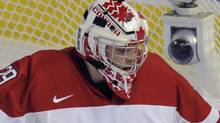 Canada's goalie Mark Visentin makes a save against Finland during the first period of play at the 2012 IIHF U20 World Junior Hockey Championships in Edmonton, Alberta, December 26, 2011. REUTERS/Dan Riedlhuber (Dan Riedlhuber/Reuters)