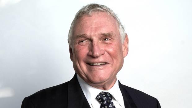Gordon Gibson Net Worth