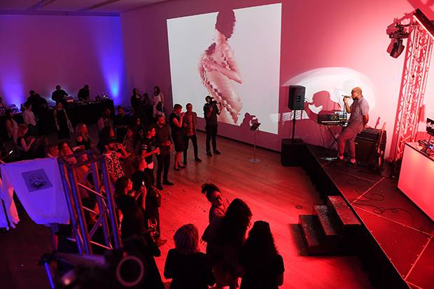 Sammy Rawal's 360-degree video portraits at Voy*eur.