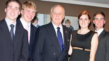 Members of Queen's University's Model Parliament meet former Conservative prime minister Brian Mulroney in Montreal in October, 2010. (Arthu Milnes)