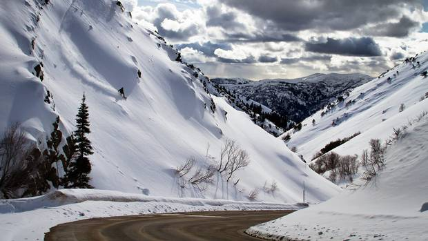 A pair of new quadruple chairlifts are adding 400-plus hectares of lift-serviced terrain to Utahs unheralded (and aptly-named) Powder Mountain.