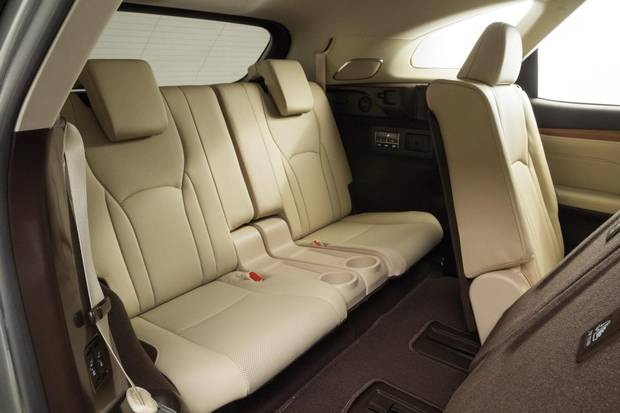 Interior of the 2018 Lexus RX 350L.