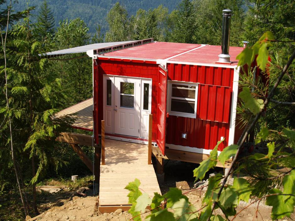 Expandable Shipping Container Homes Offer Adaptable