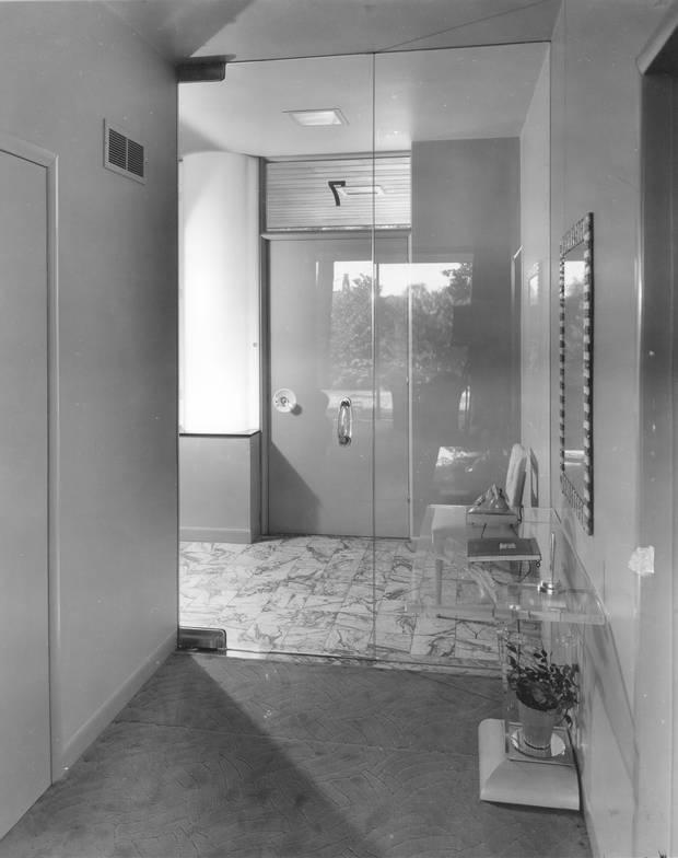 The Hobbs Sun House, Rosedale, Toronto. Main entrance foyer. Historical photos, c. 1945.