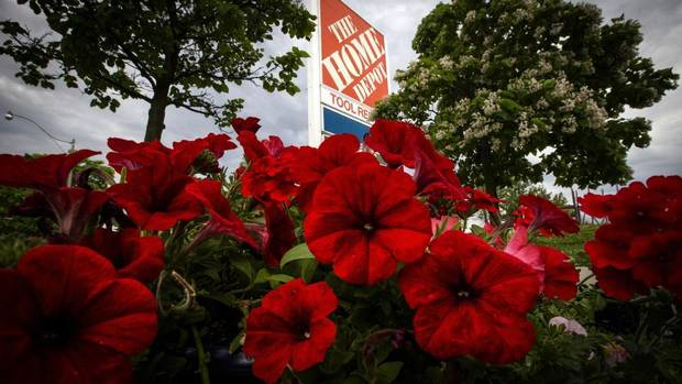 Globe & Mail reports Canadian class action suit against Home Depot