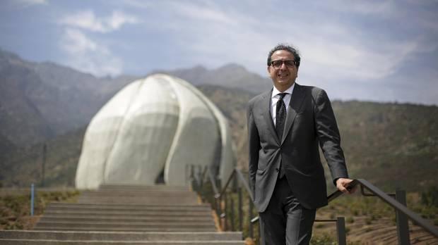 Siamak Hariri at the Baha'i Temple in Santiago, Chile.