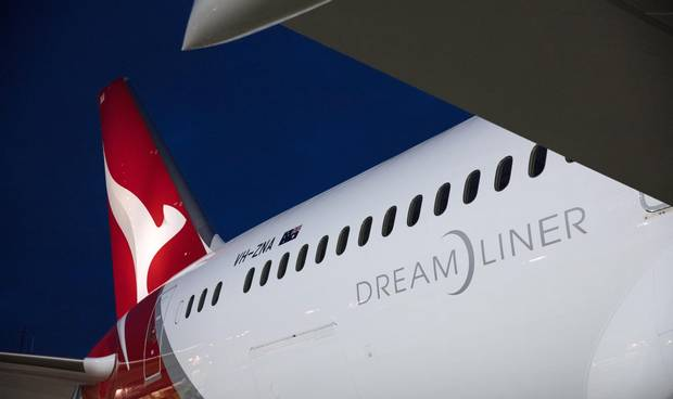 The daily flights from Perth to London will be operated by Qantas' new Boeing 787-Dreamliner.