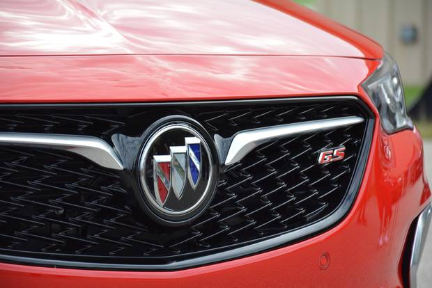 The most noticeable design difference between the two versions is the grille, with the GS getting a honeycomb mesh patterns as opposed to the Sportback's vertical slats.