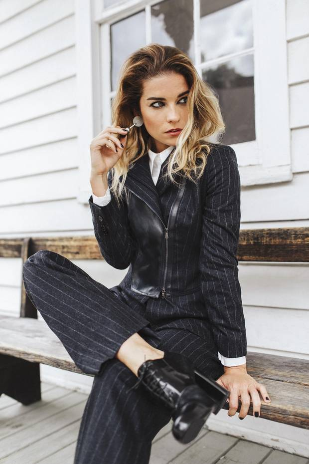 Schitt's Creek star Annie Murphy talks fame, fashion and