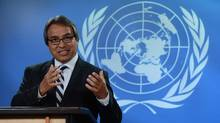 United Nations Special Rapporteur on the rights of indigenous peoples, James Anaya, holds a press conference at the National Press Theatre in Ottawa on Tuesday, October 15, 2013. (Sean Kilpatrick/THE CANADIAN PRESS)