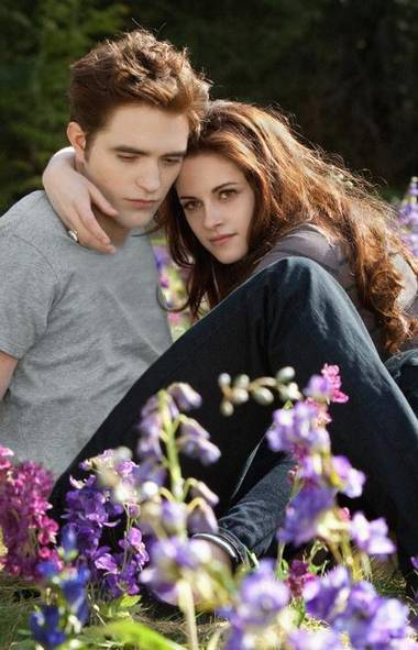 "Kristen Stewart, seen here with her cuckolded ex, Robert Pattinson, in a scene from ""The Twlight Saga: Breaking Dawn Part 2"": Now that she's the ""trampire,"" will she be nicer on the red carpet? (AP)"