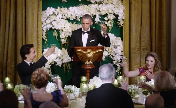 Mr. Obama gives a toast.