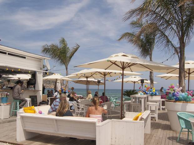 Javea's coastal bars and restaurants offer up top-notch people-watching opportunities, but if that's not your style, gorgeous seaside views certainly aren't hard to come by.