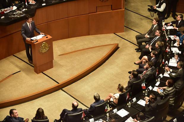 Mr. Trudeau delivers a speech during his visit to the Mexican Senate.