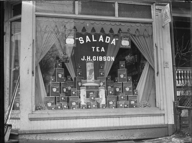 The storefront at 27 Howland Road on February 13, 1931.
