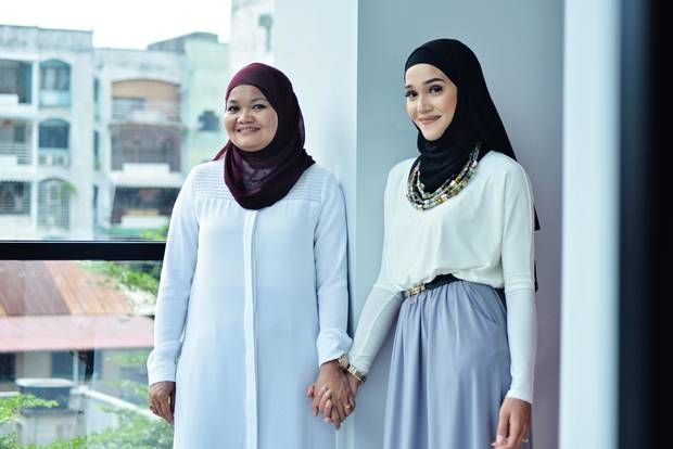 Hong Taing and her daughter Aicha Chtourou, founders of Mode-ste
