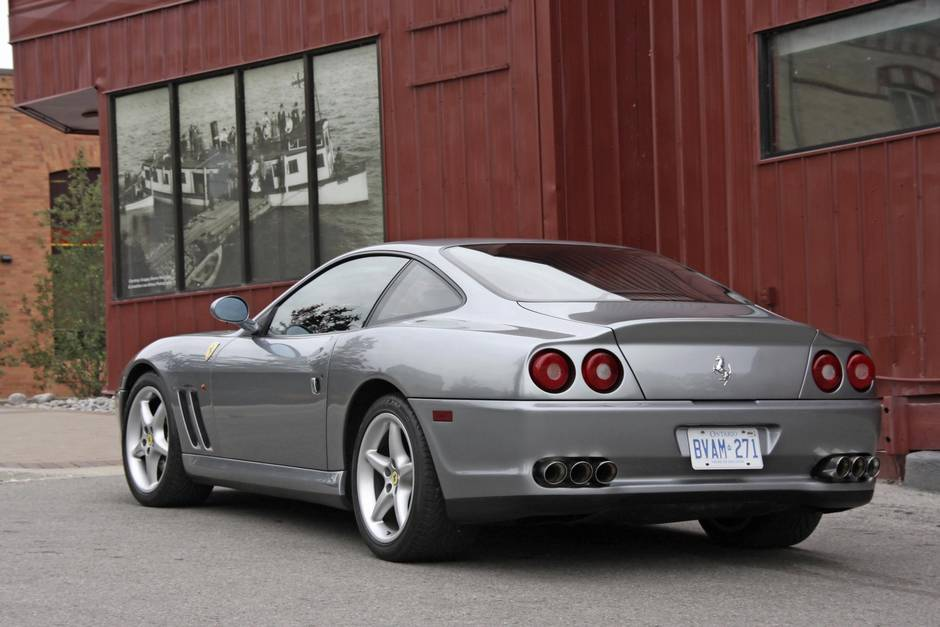 real auto a xperience xtreme ferrari drive supercars starting exotic supercar school racetrack at on photo ride