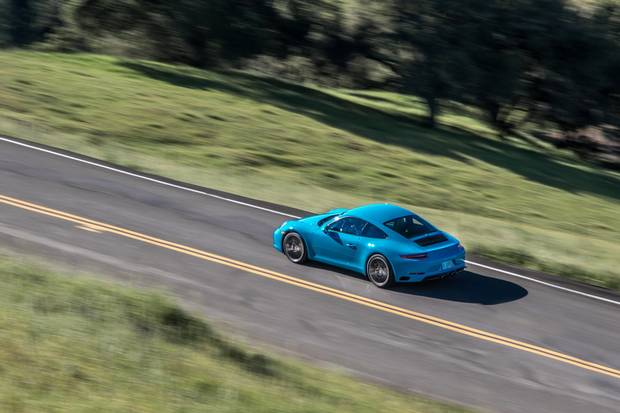 The Manual Transmission Is Alive And Well If You Know Where To - Manual sports cars