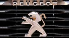 Peugeot logo (JACKY NAEGELEN/REUTERS)