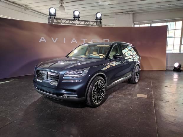 Jaguar F Pace Plug In Hybrid >> New York auto show: Genesis Essentia, Jaguar F-Pace SVR ...
