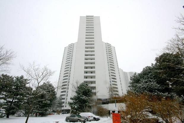Eugene Janiss's Graydon Hall, an apartment complex