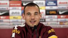 Dutch playmaker Wesley Sneijder talks to the media after signing a contract with Turkish soccer club Galatasaray in Istanbul January 22, 2013. (OSMAN ORSAL /REUTERS)