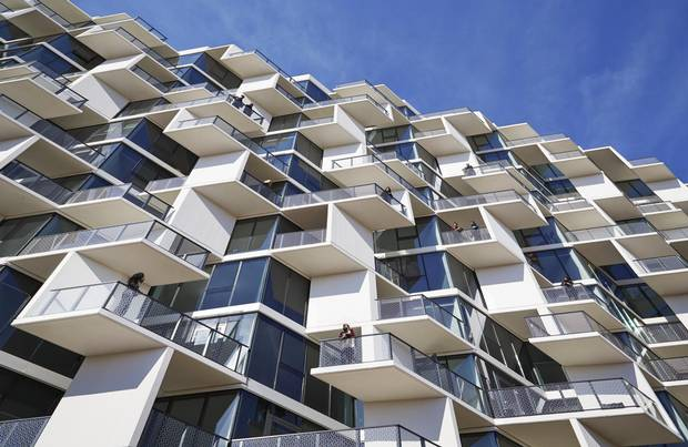 At City Hyde Park, protruding balconies allow neighbours in adjacent apartments to see each other.