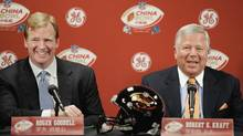 NFL commissioner Roger Goodell and New England Patriots Owner Robert Kraft in 2006 (STEPHAN SAVOIA/AP)