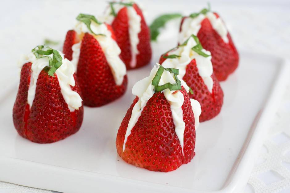 Three simple, delicious desserts that make strawberries the star