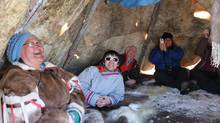 Travellers enjoy meeting Nunavut locals at home. (Arviat Community Ecotourism)