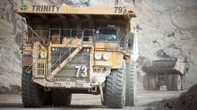 Dump trucks move waste rock around Teck's Highland Valley Copper Mine (JOHN LEHMANN/John Lehmann/The Globe and Mail)