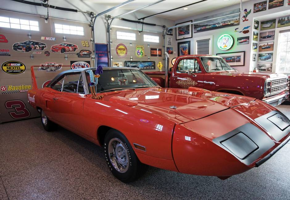 Ontario man takes award-winning classic Superbird back to the shop ...