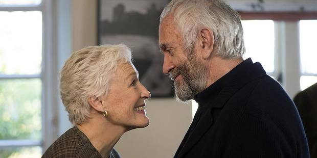 Glenn Close and Jonathan Pryce in The Wife.