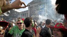 Weed smokers celebrate 4:20 outside the Vancouver Art Gallery in Vancouver April 20, 2009. 4:20 is the day and time users of cannabis celebrate the consumption of pot. (John Lehmann/The Globe and Mail/John Lehmann/The Globe and Mail)