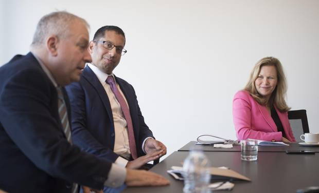 David Rosenberg; (L) chief economist & strategist, Gluskin Sheff & Associates; Vijay Viswanathan, (C) director of research and portfolio manager, Mawer Investment Management in Calgary, and Kim Shannon, president and co-chief investment officer, Sionna Investment Managers, are photographed during a Globe and Mail round table on Nov. 28, 2017.