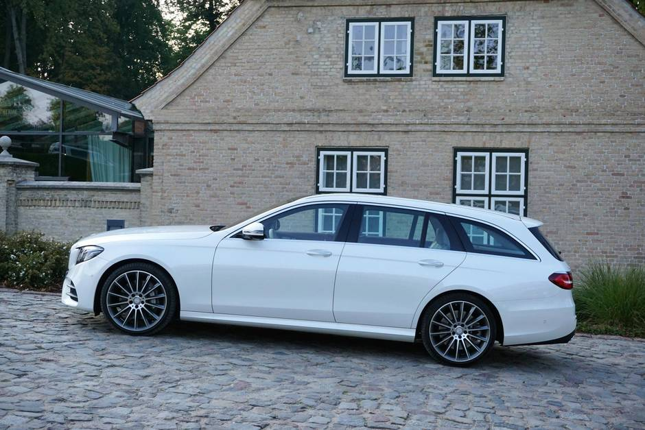 Review 2017 Mercedes Benz E400 Wagon Is The Anti SUV And It Ups