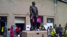 Statue of Sir Bobby Robson outside of St. James' Park, Newcastle, England. (JEFF BLAIR)