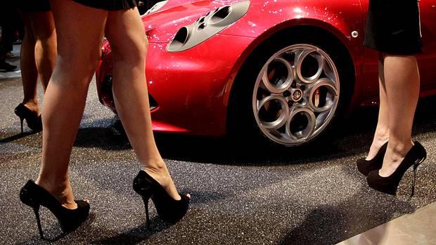 Alfa Romeo 4C (DENIS BALIBOUSE/REUTERS)
