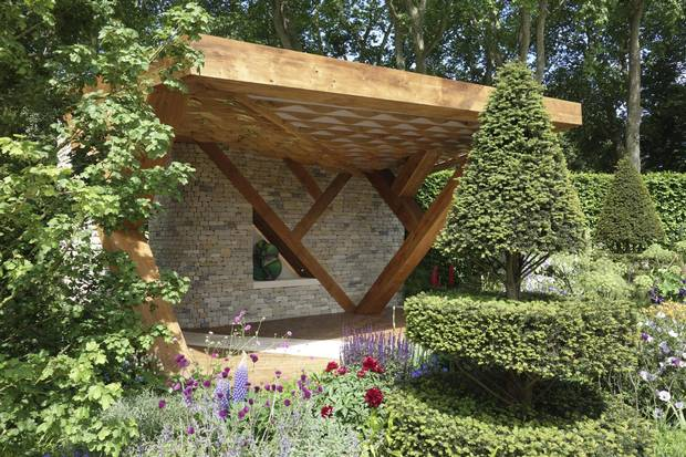 The leaf-shaped loggia created for the Morgan Stanley Garden.