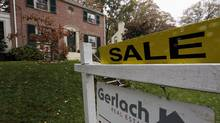 Falling U.S. house prices are close to bottoming out. (JIM BOURG/Reuters/JIM BOURG/Reuters)