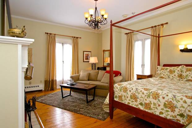 The current owners renovated and refurbished the guestrooms.