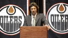 Edmonton Oilers' owner Daryl Katz speaks to the media and employees during a news conference in Edmonton July 2, 2008. (Reuters)
